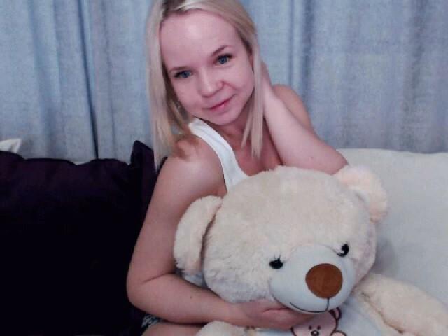 Sexy webcam show met littlebeauty