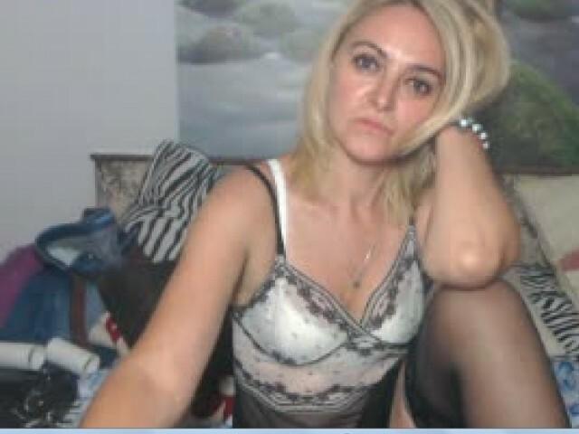 Sexy webcam show met maturediana