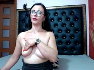 Sexy webcam show met bellebijou