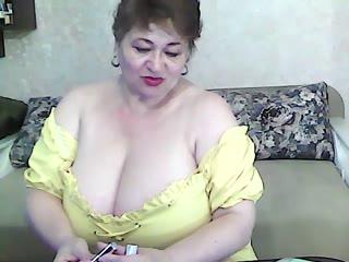 Hugenipple - sexcam